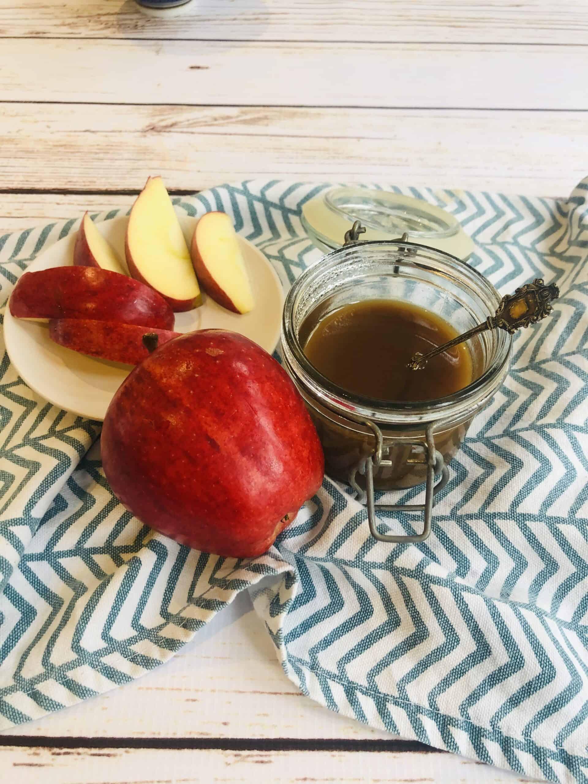 Easy Vegan Caramel Sauce Recipe | Dairy Free Caramel Sauce