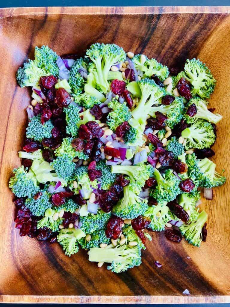 cranberry broccoli salad - vegan broccoli recipes