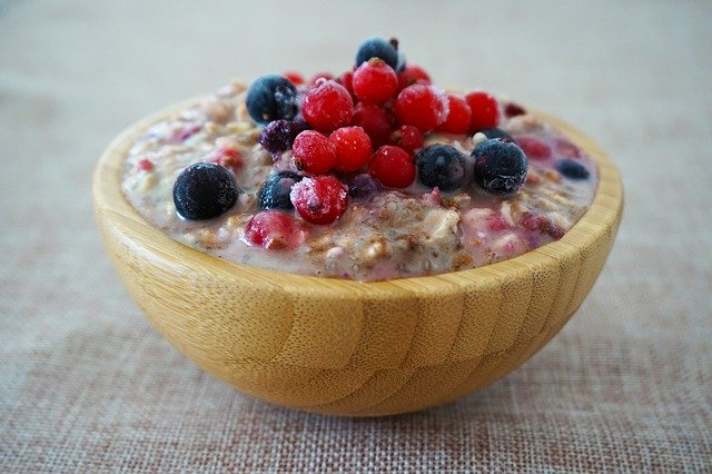 Veganuary Meal Plan - Breakfast, overnight oats