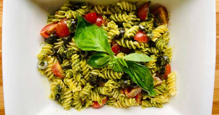 Easy Vegan Pesto Pasta Salad