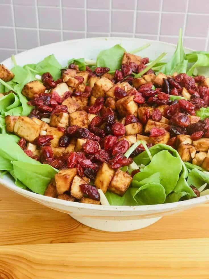 spinach salad with bbq tofu