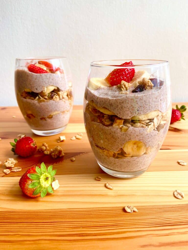 vegan breakfast parfait