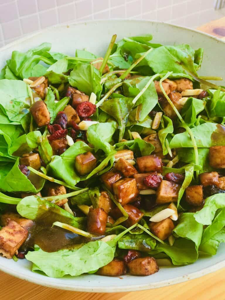 vegan spinach salad