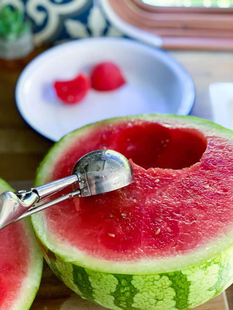 banana and watermelon smoothie bowl