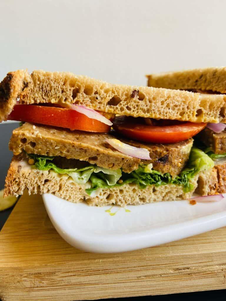 vegan deli meat sandwich