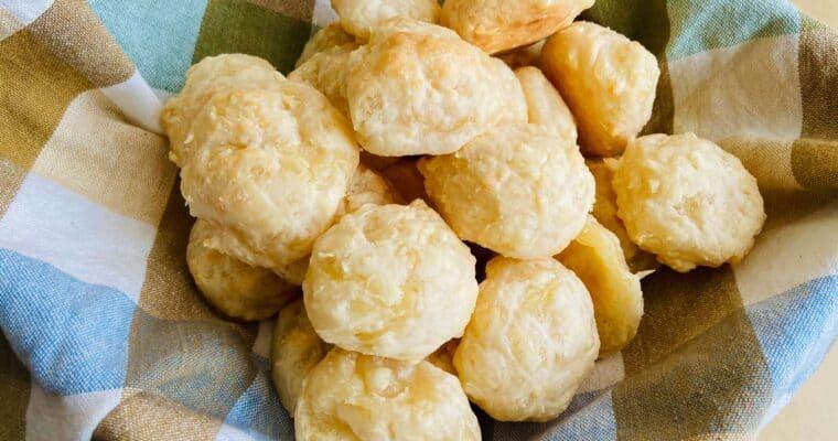 Vegan Pao de Queijo – Vegan Brazillian Cheese Bread
